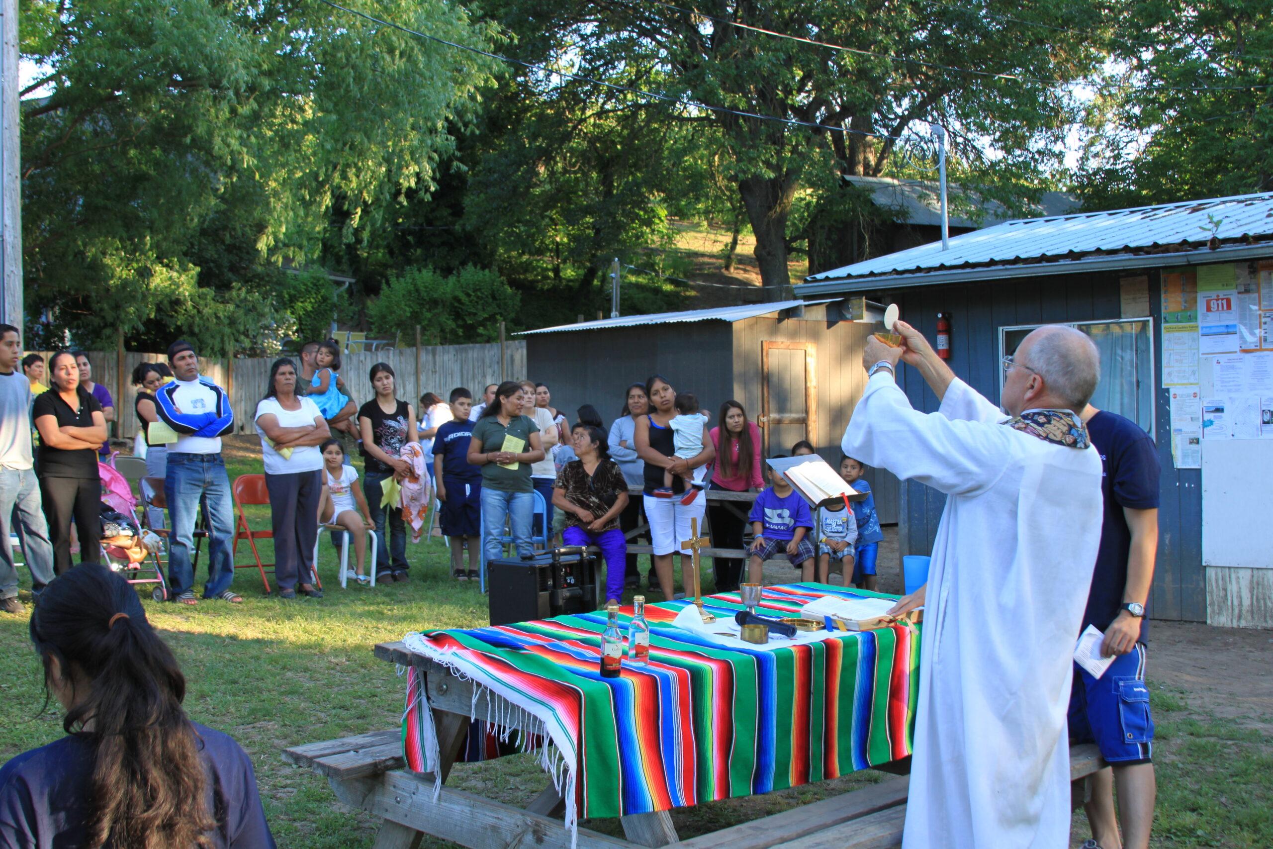 Mission of Padre Migrante: Presentando padremigrante.org - Introducing padremigrante.org